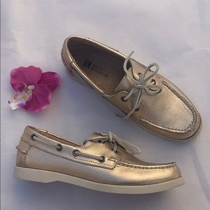 White Mountain Gold Loafers 6